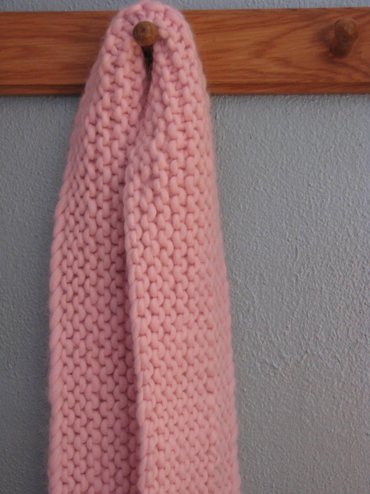 It\'s So Fluffy! Free Scarf Pattern – knitcircus