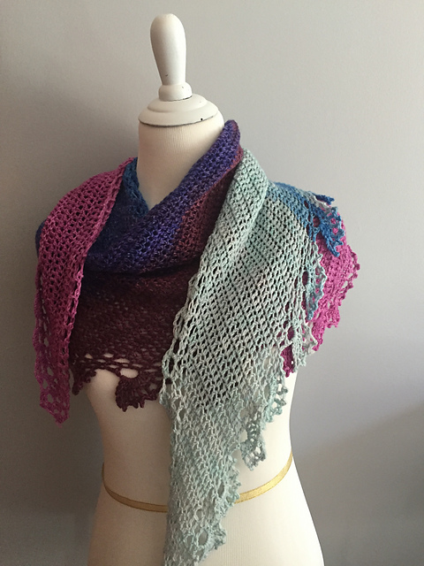 jen-lucas-rowan-berry-shawlette